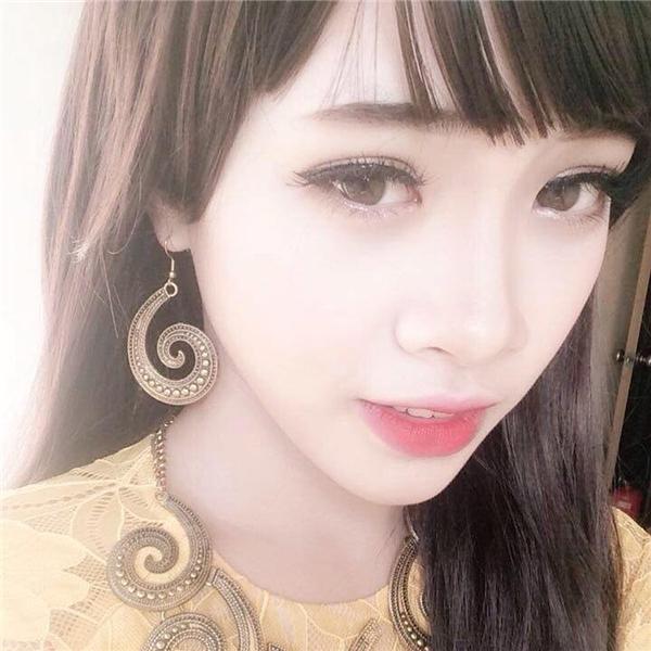 Hình ảnh đời thường xinh hơn cả con gái của nam sinh Bắc Giang