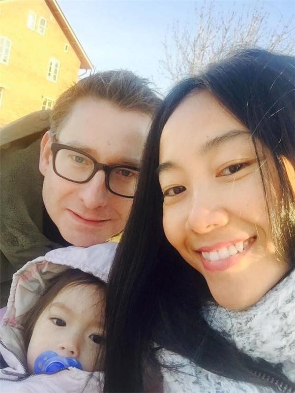 Đoan Trang thích thú với không khí lạnh cuối đông ở Thụy Điển. - Tin sao Viet - Tin tuc sao Viet - Scandal sao Viet - Tin tuc cua Sao - Tin cua Sao