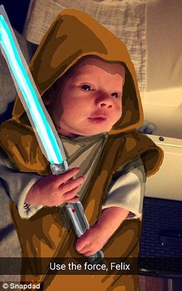Jedi knight với thanh gươm ánh sáng huyền thoại. (Ảnh: Internet)