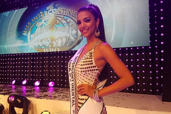 Philippines cũng chính là nhan sắc đạt ngôi vị áhậu 1 tại Hoa hậu Liên lục địa 2015 tổ chức vào ngày 18/12 tại Đức.