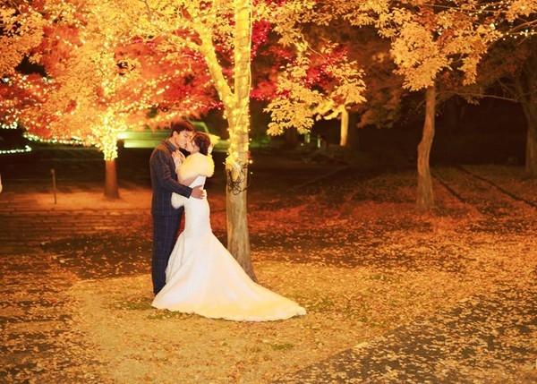 """Ghen tị với kết thúc """"đẹp như mơ"""" của những cặp yêu xa"""