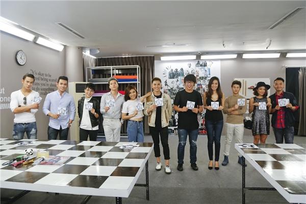 11 nghệ sĩ đồng hành cùng các thí sinh trong thử thách tuần này.