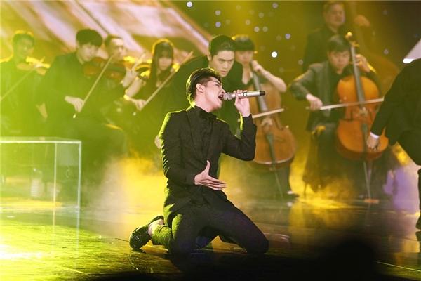 Ban giám khảo nhận xét, Noo Phước Thịnh đã tỏa sáng tại đêm diễn hôm nay. - Tin sao Viet - Tin tuc sao Viet - Scandal sao Viet - Tin tuc cua Sao - Tin cua Sao