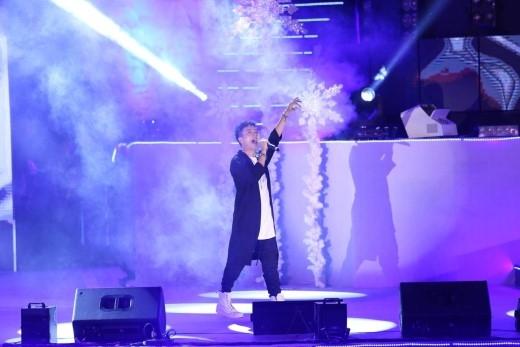 """Justatee tiếp tục khiến khán giả không thể ngồi yên với ca khúc đã từng """"làm mưa làm gió"""" Forever alone. - Tin sao Viet - Tin tuc sao Viet - Scandal sao Viet - Tin tuc cua Sao - Tin cua Sao"""