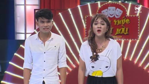 Thí diễn hài hát dân ca quá hay khiến Việt Hương mê tít