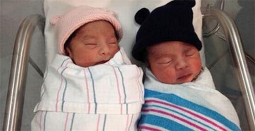 Hai bé song sinh nhưng có ngày sinh khác nhau... (Ảnh: Buzzfeed)