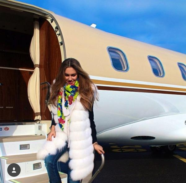 Hội cậu ấm cô chiêu nhà tài phiệt Nga áp đảo Instagram vì độ chịu chơi