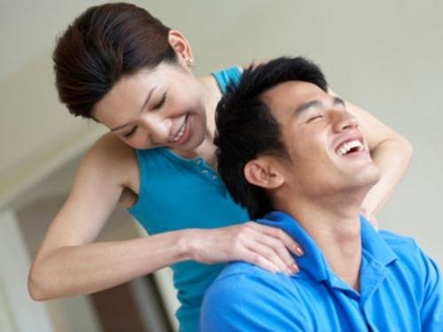 Đàn ông muốn có những giây phút vui vẻ và thoải mái khi rời xa công sở (Ảnh minh họa).