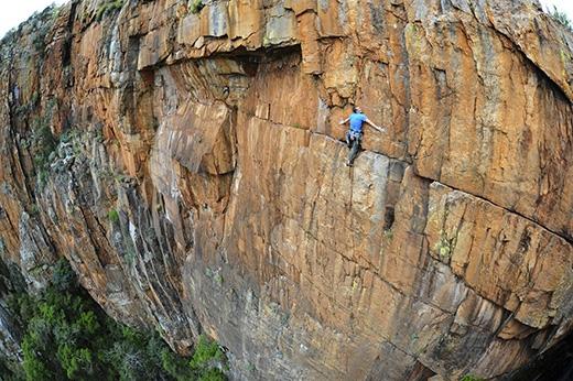 Một vách đá dựng đứng ở Nam Phi. (Ảnh: Internet)