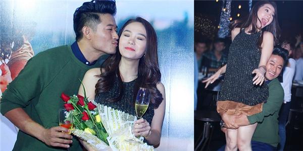 Những hình ảnh đó đã được giới truyền thông chụp lại sau khi hai nghệ sĩ cùng tham gia một buổi tiệc gần đây. - Tin sao Viet - Tin tuc sao Viet - Scandal sao Viet - Tin tuc cua Sao - Tin cua Sao