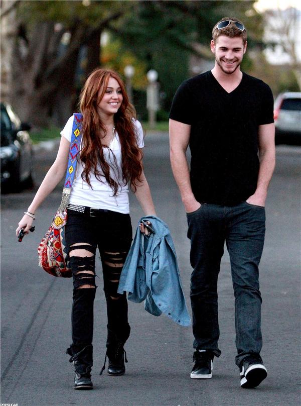 Miley Cyrus và Liam Hemsworth khi còn hẹn hò. (Ảnh: Internet)
