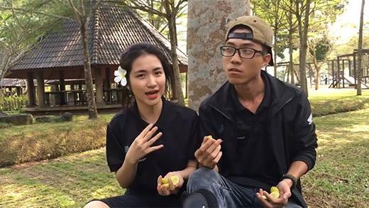 Cười ra nước mắt với thử thách vừa ăn chanh vừa hát của Hòa Minzy
