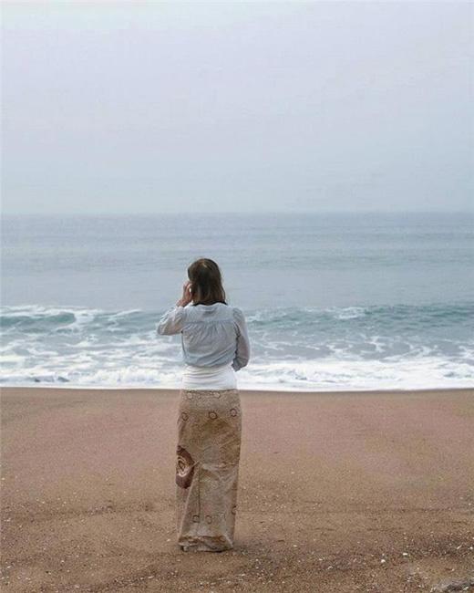 Người và biển hòa làm một. (Ảnh: Internet)