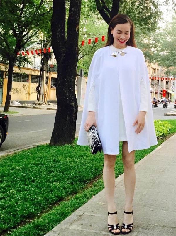 Mê đắm những váy áo đẹp nhất năm 2015 của Hồ Ngọc Hà