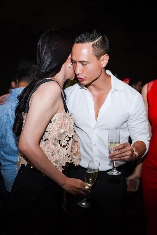 Những khoảnh khắc siêu ngọt ngào của Kim Lý và Trương Ngọc Ánh - Tin sao Viet - Tin tuc sao Viet - Scandal sao Viet - Tin tuc cua Sao - Tin cua Sao