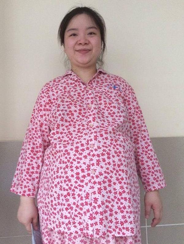 Huyền Thanh trông không khác gì 'bà mẹ xề' U50 khi nặng gần 100kg.