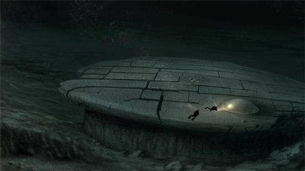 Nhóm thợ lặn nghiên cứu vật thể nghi UFO dưới đáy biển.
