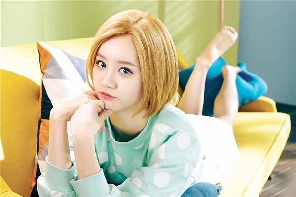 Hẹn hò với Lee Min Ho, Suzy bị soán ngôi nữ hoàng quảng cáo