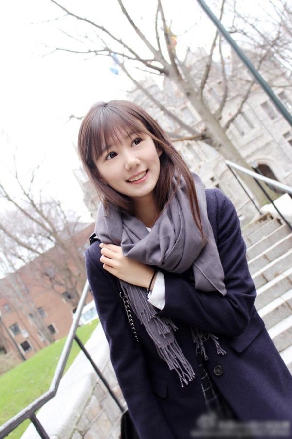 Được biết, cô nữ sinh đến từ trường Đại học Khai thác Mỏ Bắc Kinh (Trung Quốc) có bảng thành tích học tập khiến ai xem cũng phải ngưỡng mộ với toàn điểm A. (Ảnh: Internet)