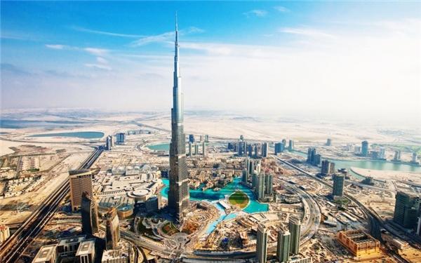Ảnh chụpDubai vào tháng 6/2015 cho thấysự phồn vinh bậc nhất thế giới của thành phố này. (Ảnh: Internet)