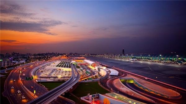 Siêu phi trường Dubai Airport. (Ảnh: Internet)