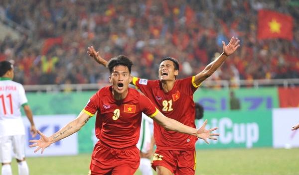 Công Vinh xứng đáng là một tấm gương lớn với các cầu thủ trẻ Việt Nam.