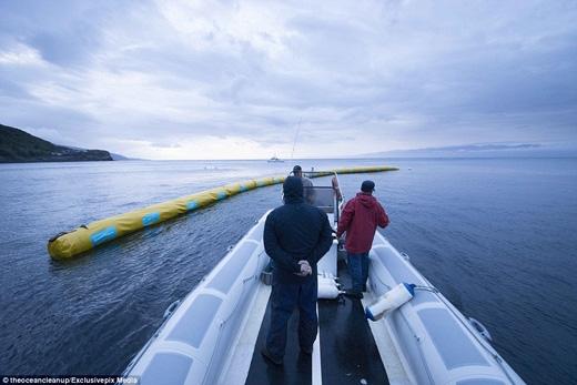 Nếu thử nghiệm thành công, hệ thống chữ V sẽ được lắp đặt trên các vùng biển trên toàn thế giới. (Ảnh: Daily Mail)