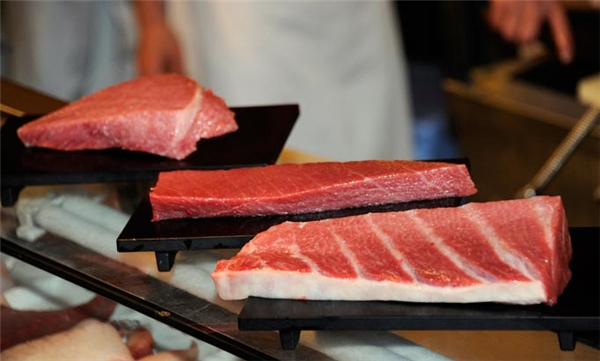 Thịt cá ngừ vây xanh có rất nhiều dinh dưỡng. (Ảnh: Internet)