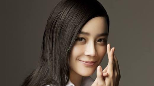 Cho đến tận bây giờ, nhiều khán giả vẫn tỏ ra tò mò không hiểu tại sao Vương Lạc Đan lại nổi tiếng như bây giờ.