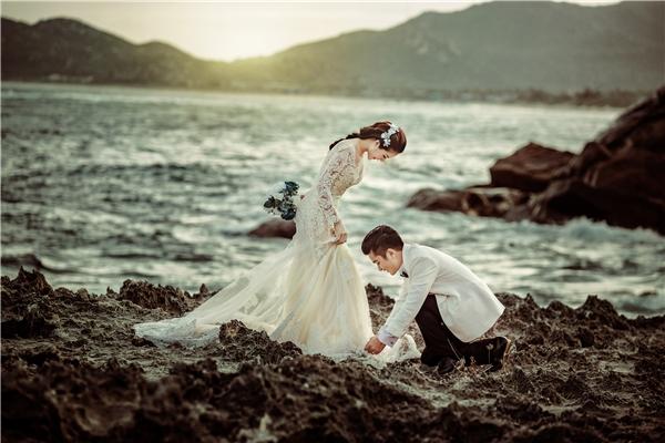 Vân Trangđãlột tả cảm xúcvô cùng trọn vẹn trong bộ ảnh cưới đẹp lung linh của chính mình. - Tin sao Viet - Tin tuc sao Viet - Scandal sao Viet - Tin tuc cua Sao - Tin cua Sao