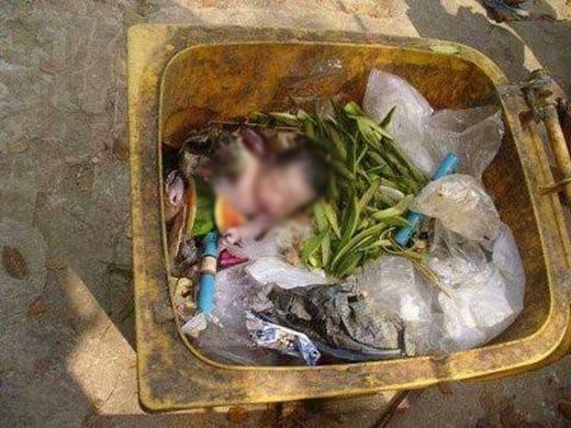 Vụ vứt con trong thùng rác trước đó. (Ảnh: Internet)