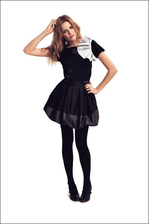Mách bạn cách chọn váy hợp với dáng người cực chuẩn