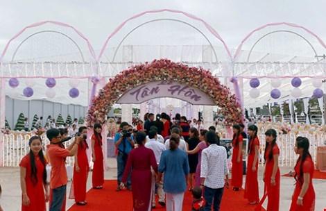 Đám cưới tiền tỉ của con đại gia Bạc Liêu vừa qua. Ảnh: Internet