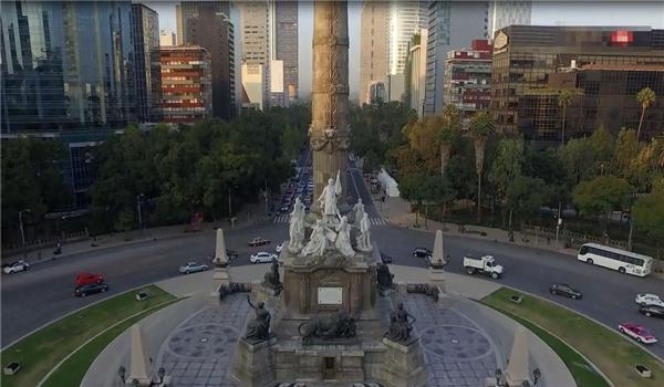 """Đứng đầu trong danh sách này là thành phố Mexico (Mexico), nơi đây được đánh giá là """"thiên đường"""" của các món ăn ngon nhất thế giới, đi kèm với lốikiến trúc vô cùng độc đáo. Ảnh:New York Times"""