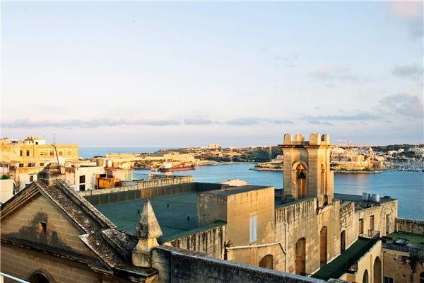 """Malta là một thành phố """"ăn chơi"""" ở Địa Trung Hải có giá cả phải chăng và khí hậu bãi biển tuyệt vời, nền văn hóa độc đáo. Nơi đây được xếp thứ 3 trong danh sách.Ảnh:New York Times"""