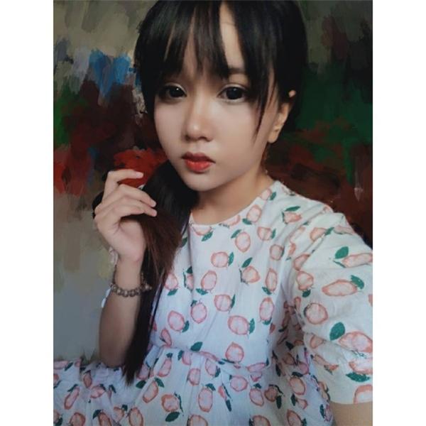 Minh Anh sở hữu khuôn mặt khá yêu kiều