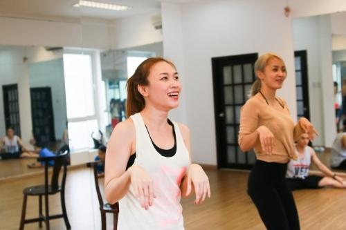 Mỹ Tâm gặp chấn thương vì tập luyện quá sức cho đêm nhạc - Tin sao Viet - Tin tuc sao Viet - Scandal sao Viet - Tin tuc cua Sao - Tin cua Sao