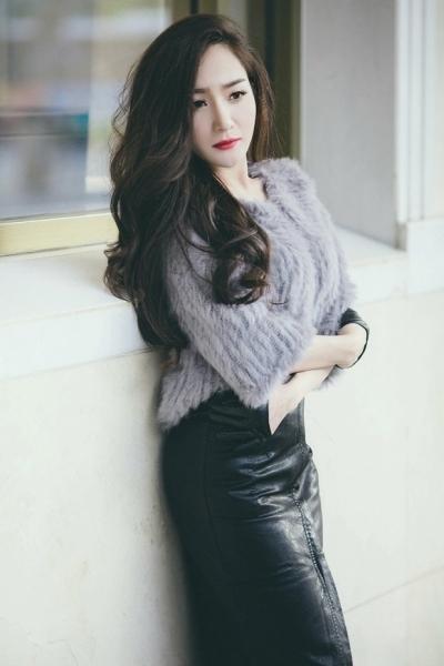 """Cô gái này cũng từng được biết đến như """"người tình của nam ca sĩ Khánh Phương"""" (Ảnh: Internet)."""