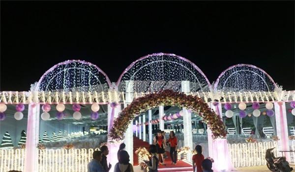 Đại gia chi hơn 10 tỉ đồng để tổ chức đám cưới cho con gái