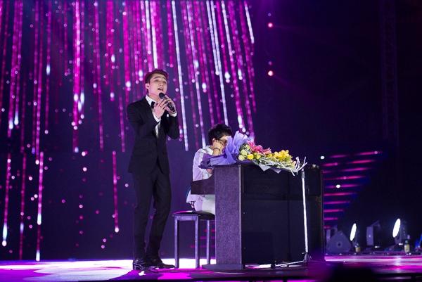 """Sơn Tùng song ca cùng nhạc sĩ Phương Uyên bài hát """"Mẹ yêu"""". - Tin sao Viet - Tin tuc sao Viet - Scandal sao Viet - Tin tuc cua Sao - Tin cua Sao"""