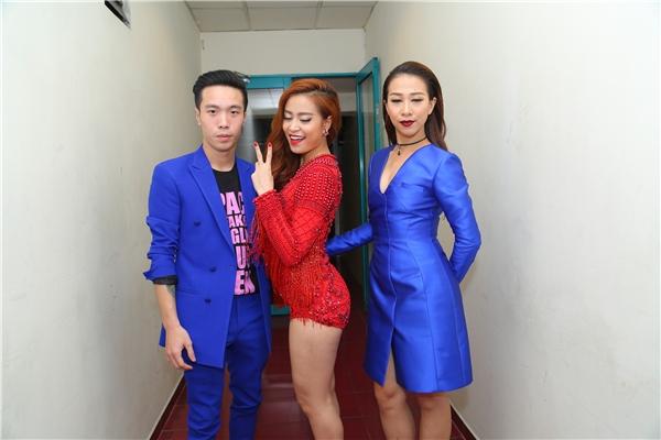 Team Hoàng Thùy Linh - Tin sao Viet - Tin tuc sao Viet - Scandal sao Viet - Tin tuc cua Sao - Tin cua Sao