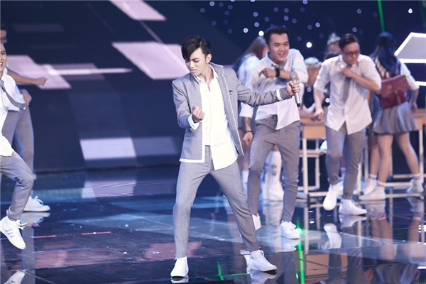 Soobin Hoàng Sơn xuất sắc nhận hai điểm 10 từ ban giám khảo - Tin sao Viet - Tin tuc sao Viet - Scandal sao Viet - Tin tuc cua Sao - Tin cua Sao