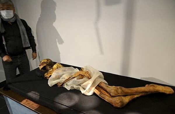 Những người cao tuổi ở địa phương cho hay trận lụt tồi tệ nhất trong 50 năm ở Altai và hàng loạt vụ động đất tại nơi này là do công chúa quá cố gây ra sau khi xác ướp công chúa Ukok được di chuyển khỏi nơi yên nghỉ. Người nơi nơi đây tin rằng xác ướp vị công chúa Nga này đặt ở hầm mộ giúp ngăn chặn lối vào âm ty.