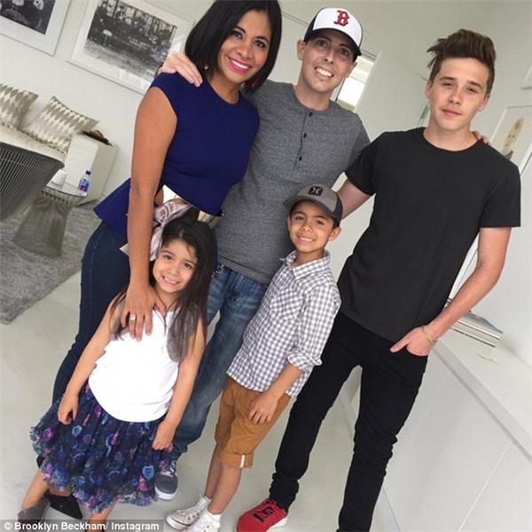Gia đìnhBeckhamtới thăm gia đình anh chàng mắc bệnh ung thư giai đoạn 4.(Ảnh: Internet)