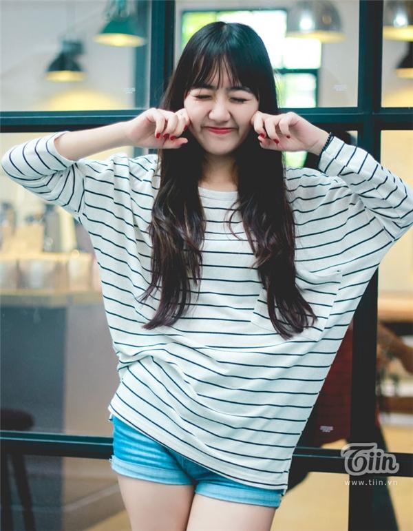 Vũ Quỳnh Anh- cô gái có gương mặt bầu bĩnh, xinh xắn đang sở hữu lượng fan đông đảo trên mạng xã hội.