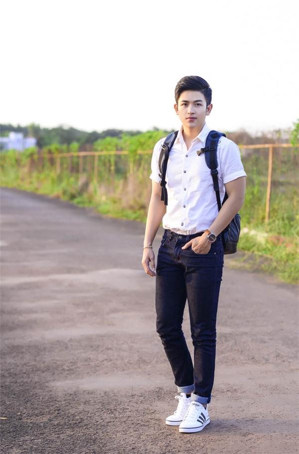 9x được mệnh danh là phát thanh viên điển trai nhất Việt Nam