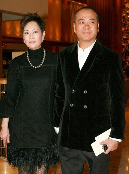 Giật mình với những cô vợ giàu nứt đất đổ vách của sao nam Hoa ngữ