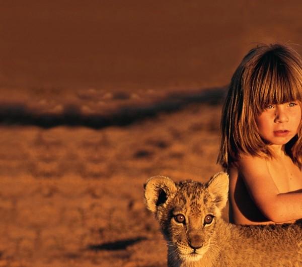 Tippi có thể chơi đùa với động vật hoang dã. (Ảnh: Internet)