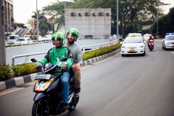 Tại Indonesia, nghề xe ôm khá phát triển. (Ảnh: Internet)