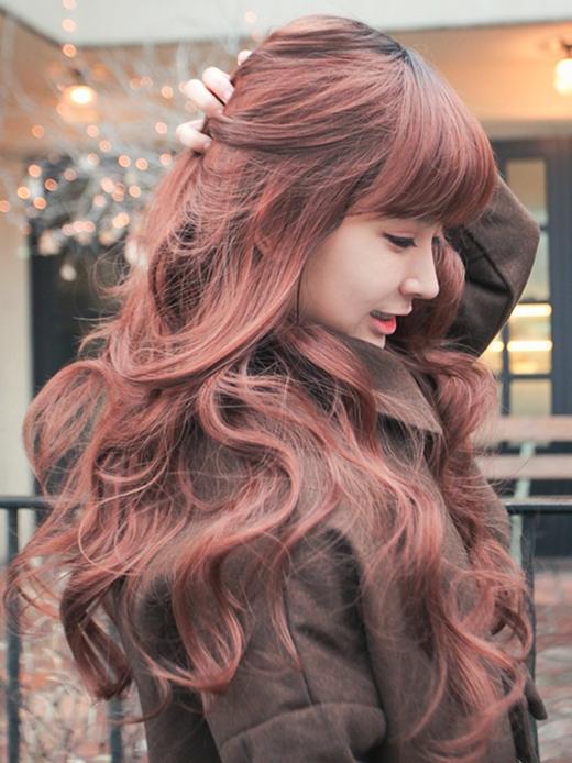 Màu nâu đỏ khiến tóc thêm phần nổi bật. (Ảnh: Internet)